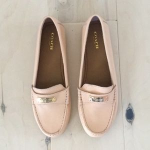 NWOB Coach Fredrica pebbled leather loafers